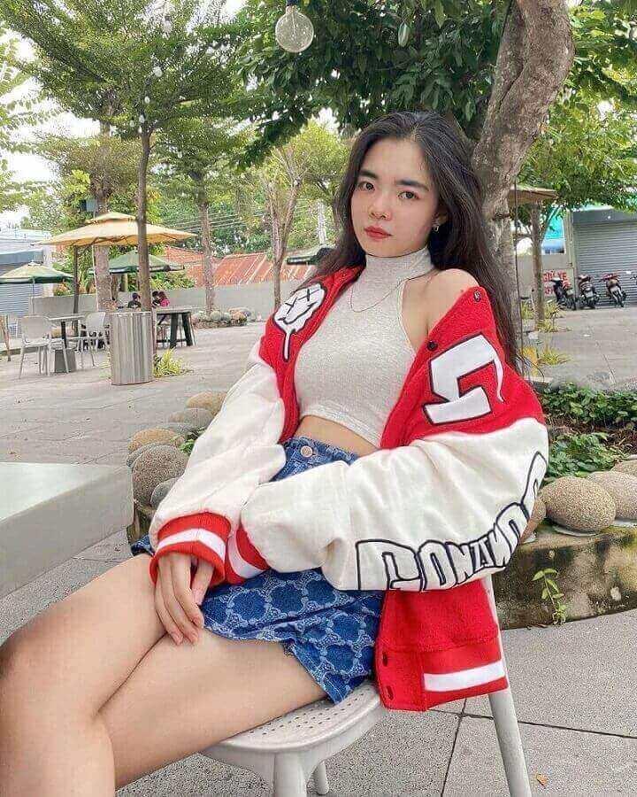 Trước khi có scandal lộ clip Thanh Trúc Tiktoker hiện đang là một cô nàng hot tiktoker tại Việt Nam và được nhiều người